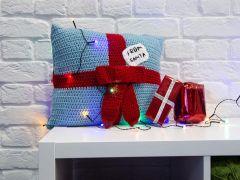 Present PJ Case Crochet Kit and Pattern