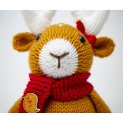 Delyth Deer Knitting Pattern
