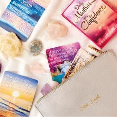Daily Mantras for Confidence Card Deck